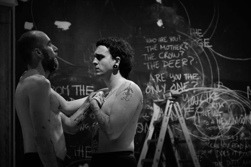 Marcel Sparmann & Enok Ripley, Anam Cara – Dwelling Body, Venice International Performance Art Week, Palazzo Mora, Venice, 2018© Alexander Harbaugh