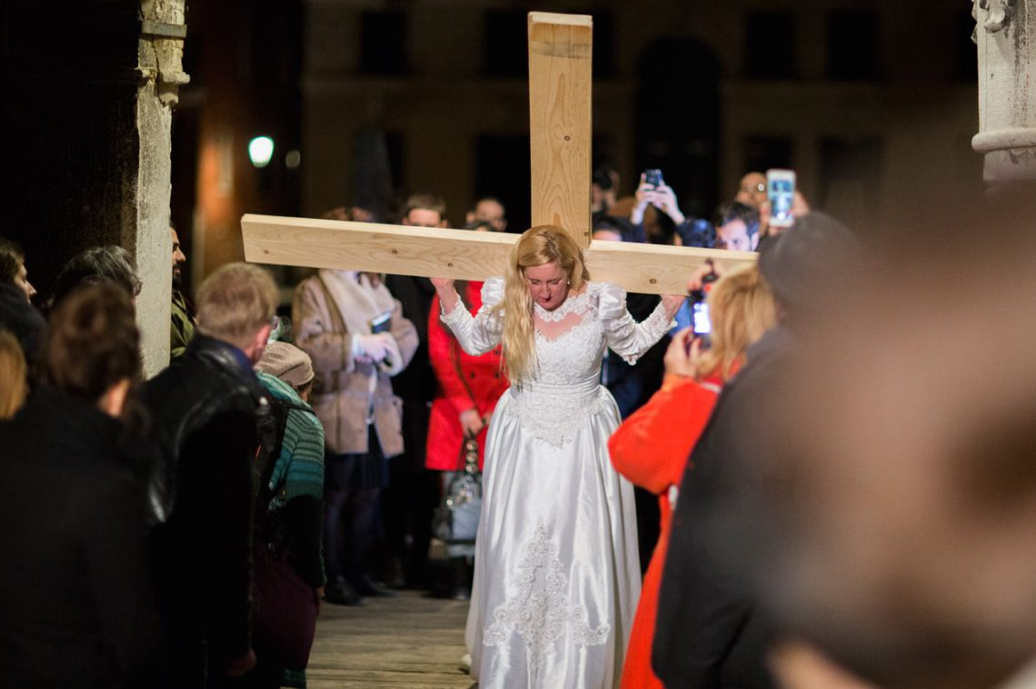 Jill McDermid, Woman on a Cross. Venice International Performance Art Week (2014). Photograph by Monika Sobczak.