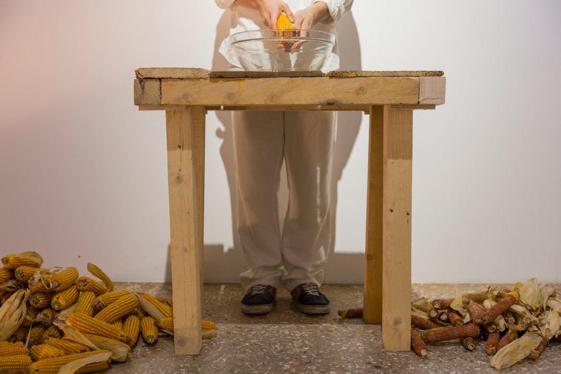 Melissa Garcia Aguirre, Disapareciendo/Disappearing.Venice International Performance Art Week (2014). Photograph by Monika Sobczak.