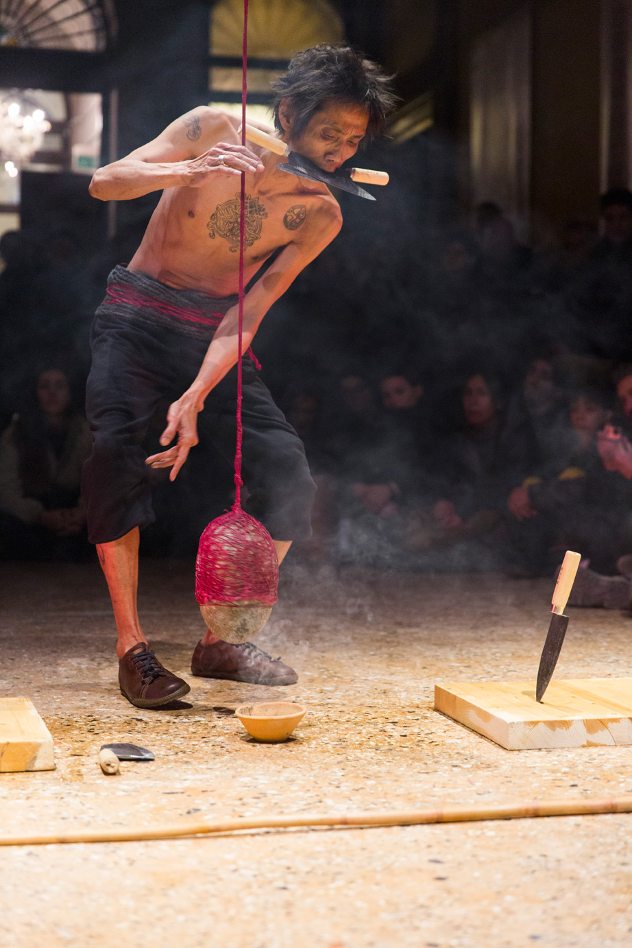 Zai Kuning, Loosing oneself to be with it and taken away by it. Venice International Performance Art Week (2014). Photograph by Monika Sobczak.