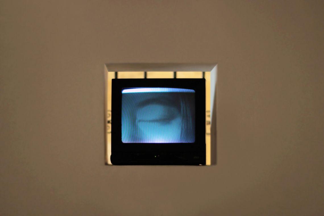 Yoko Ono. Exhibition view of the videoEyeblink (Fluxflim no.9) (1966) at the III Venice International Performance Art Week 2016. Image © We Exhibit
